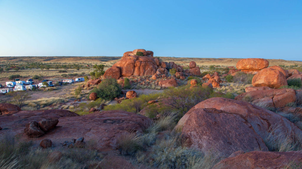 Karlu Karlu / Devils Marbles Conservation Reserve - Der Stuart Highway