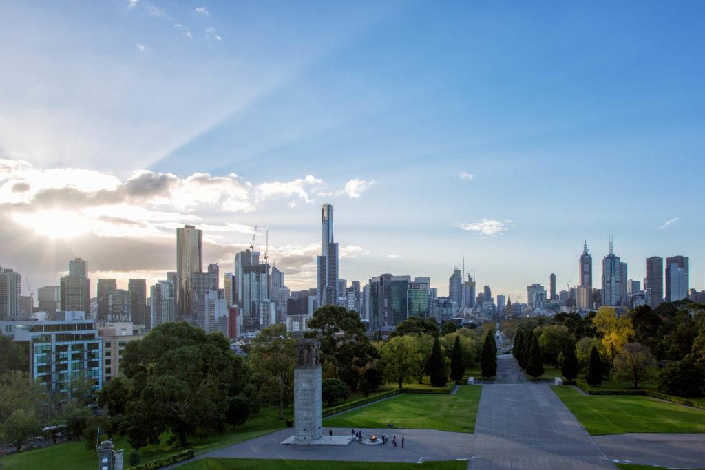 Auf der Great Ocean Road bis nach Melbourne - Skyline Melbourne