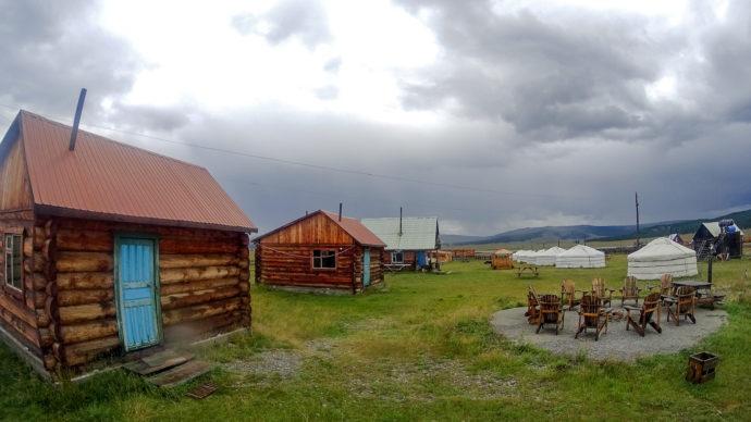 Das Mongol Ujin Guesthouse/ Tourist Camp Khatgal, Mongolei
