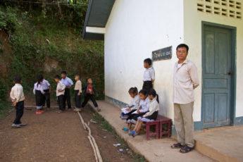 schule-ban-hat-sa-nam-ou-laos