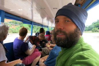 Mit dem Boot nach Muang Ngoi