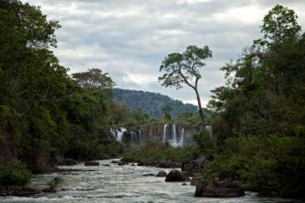 Tad Lo Wasserfall
