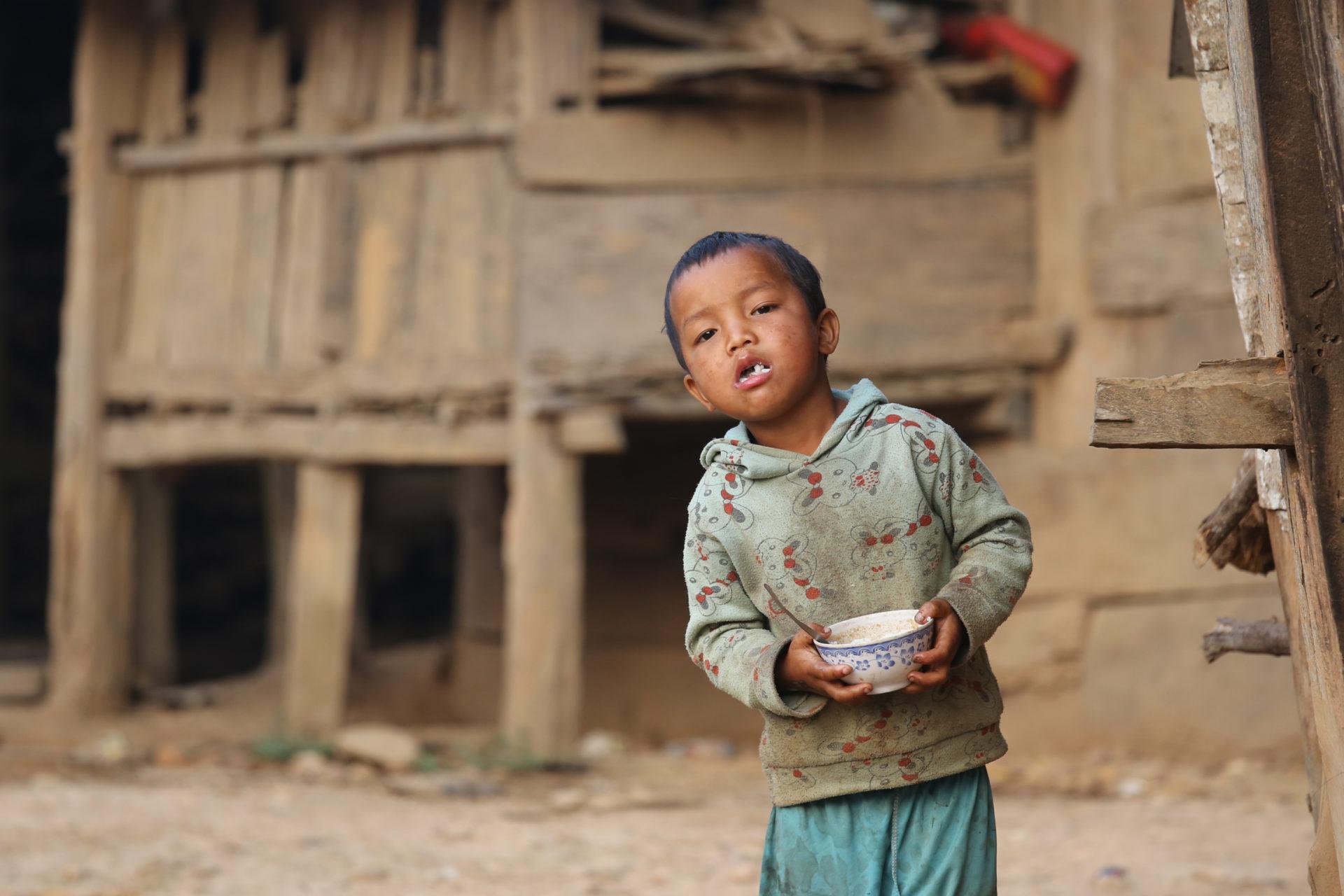 Wer braucht schon eine Dusche? – Trekking in Phongsali