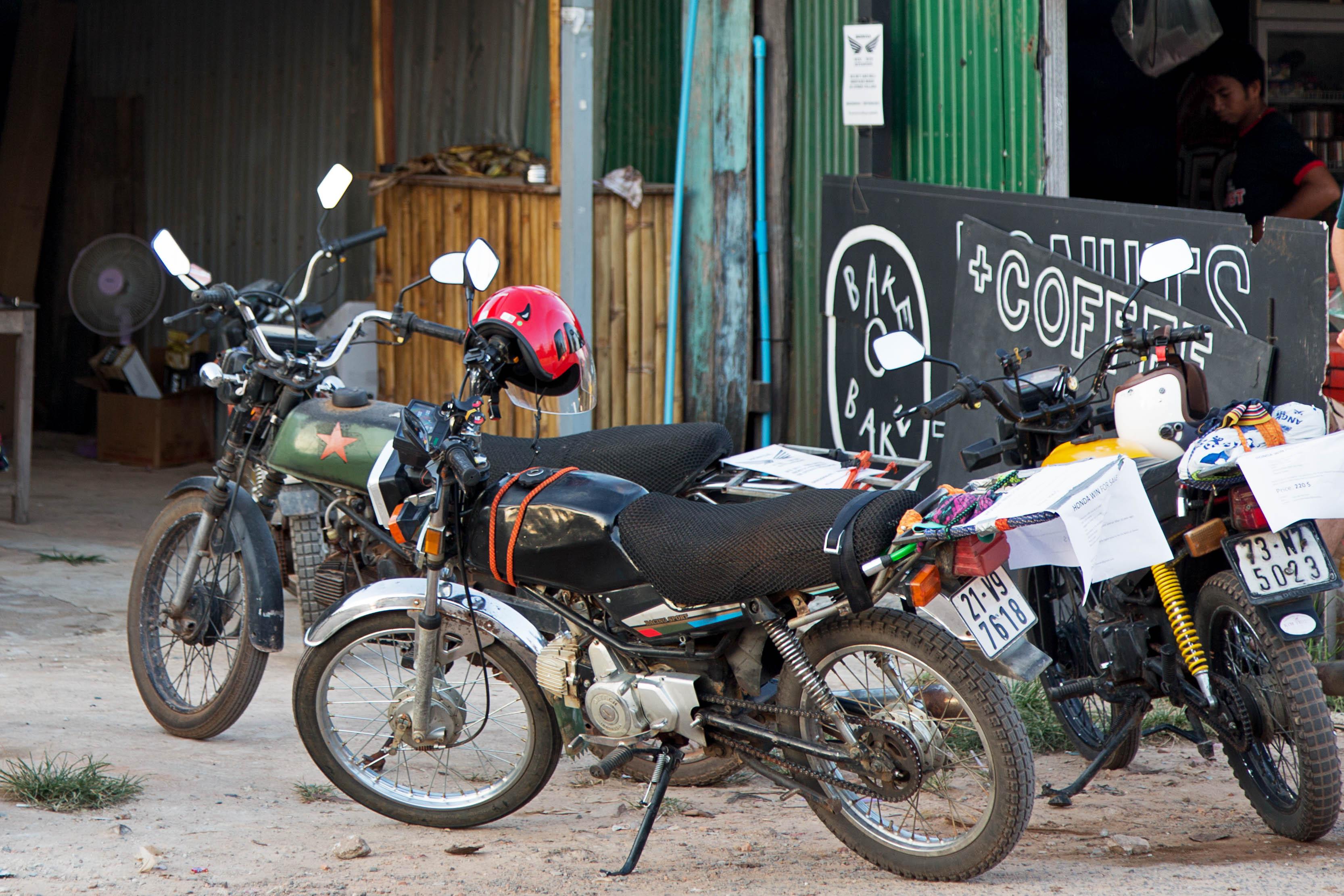 dürfen mopeds am straßenrand parken