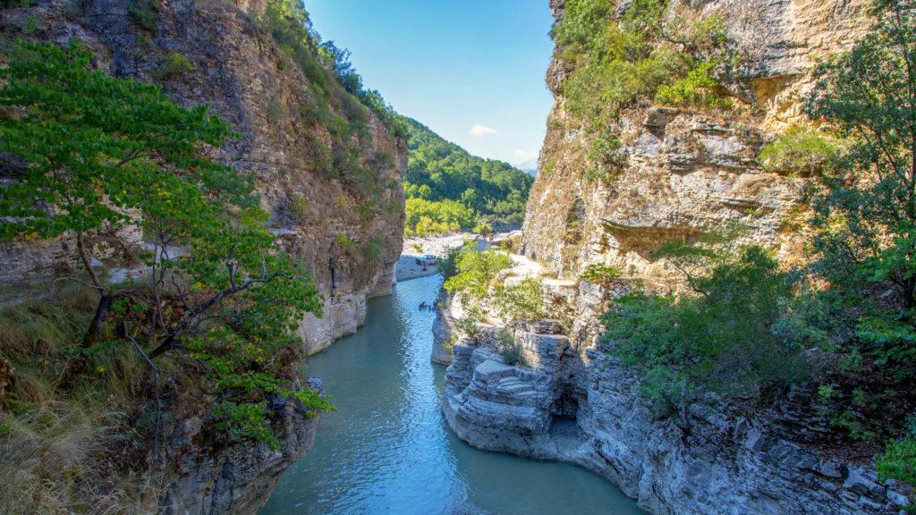Albanien Reisetipps - Blick aus der Osum Schlucht