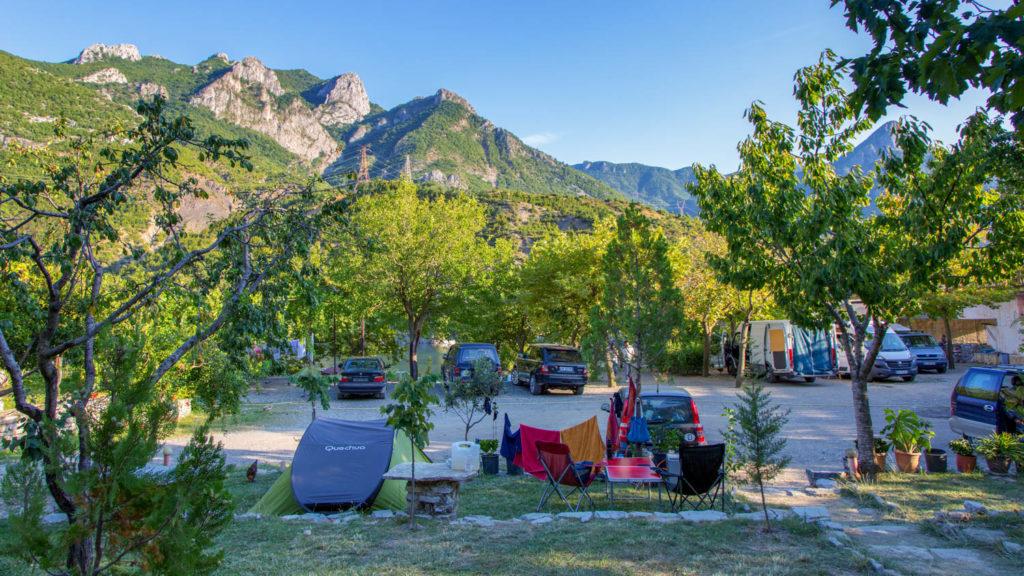 Campingplätze in Albanien - Natura Camping - Koman Lake
