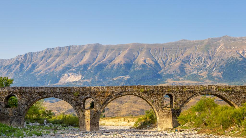 Brücke von Kordhoca (Ura e Kordhocës) bei Gjirokastra
