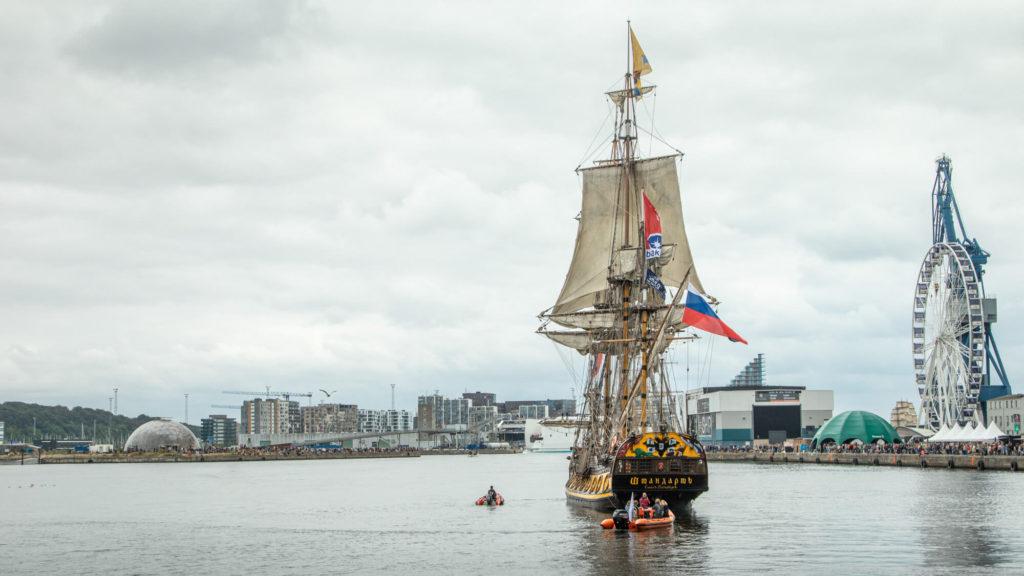 Segelschiff bei Windjammerparade in Aarhus