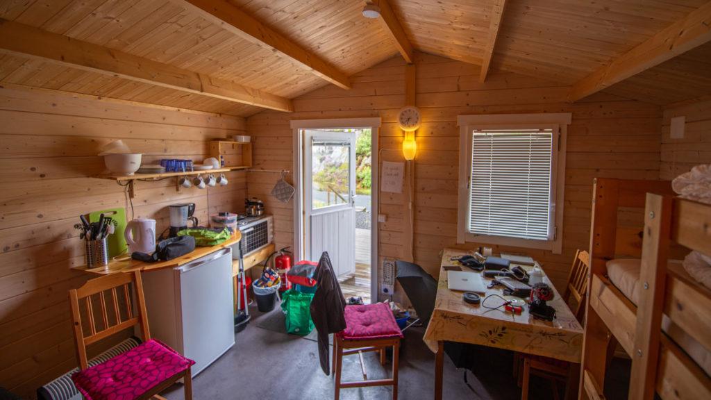 Campingplatz Vågan Camping Hütte von Innen