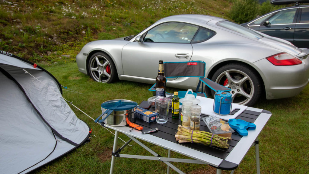 Camping mit Porsche Cayman in Norwegen