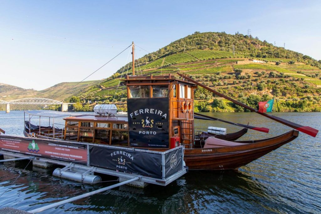 Rabelo Boot auf dem Douro in Pinhão