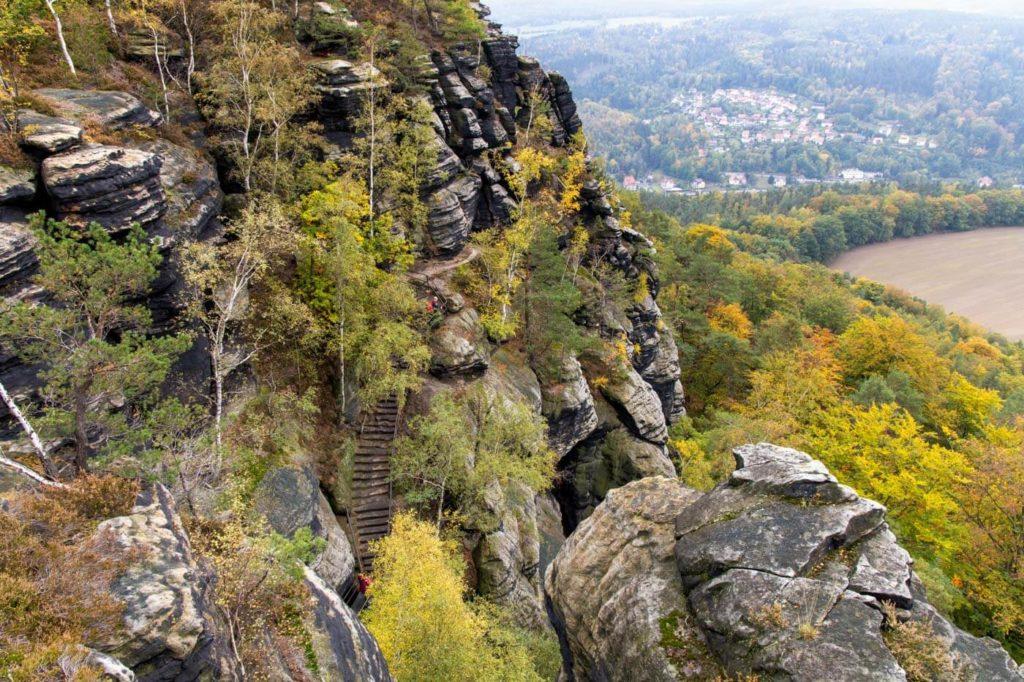 Aufstieg zum Lilienstein - Wandern in der Sächsischen Schweiz