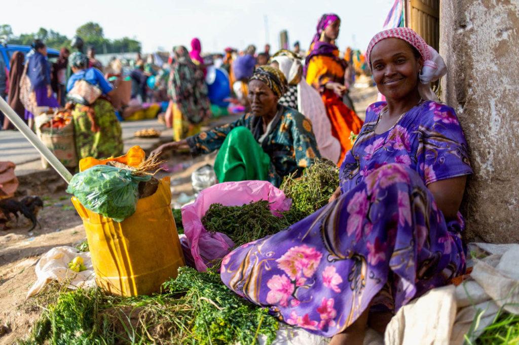 Marktfrau in Harar - Äthiopien Reisebericht in Bildern