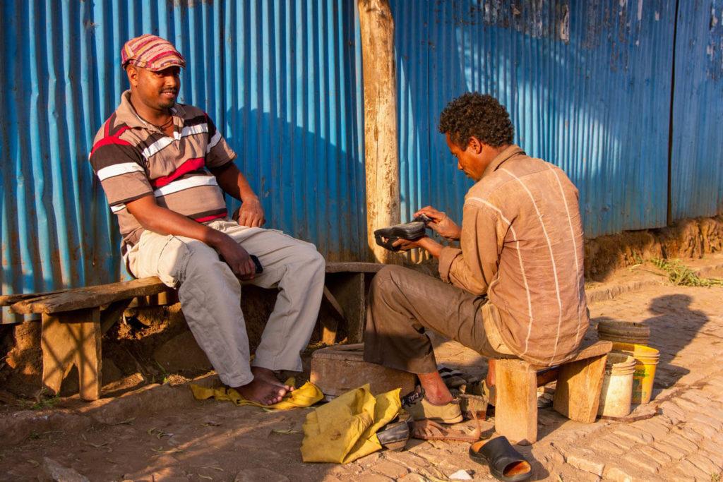 Portrait Schuhputzer in Äthiopien - Reisebericht in Bildern