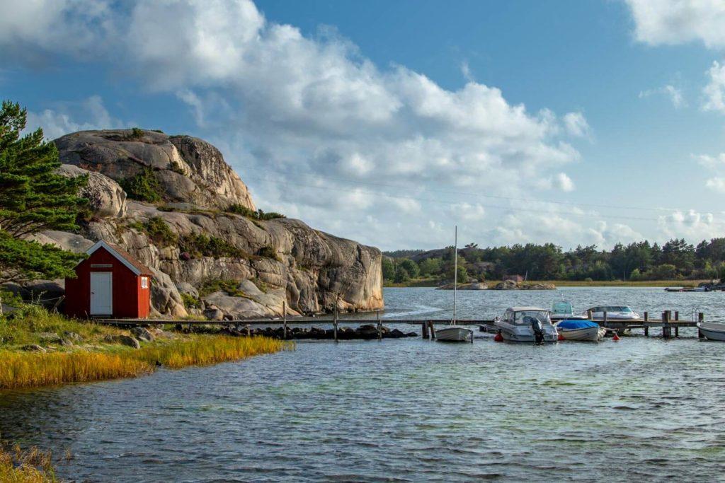 Schäreninsel mit Jachthafen in Schweden - Skandinavien Rundreise mit dem Auto