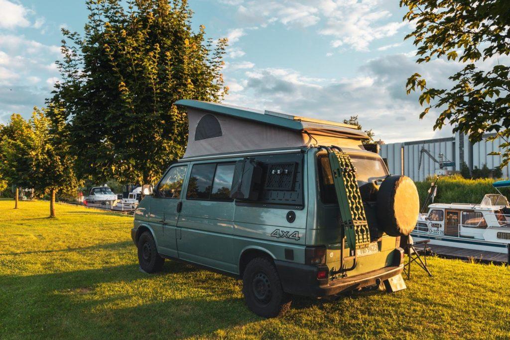 Ein Jahr Auszeit mit dem VW T4 Syncro California Camper