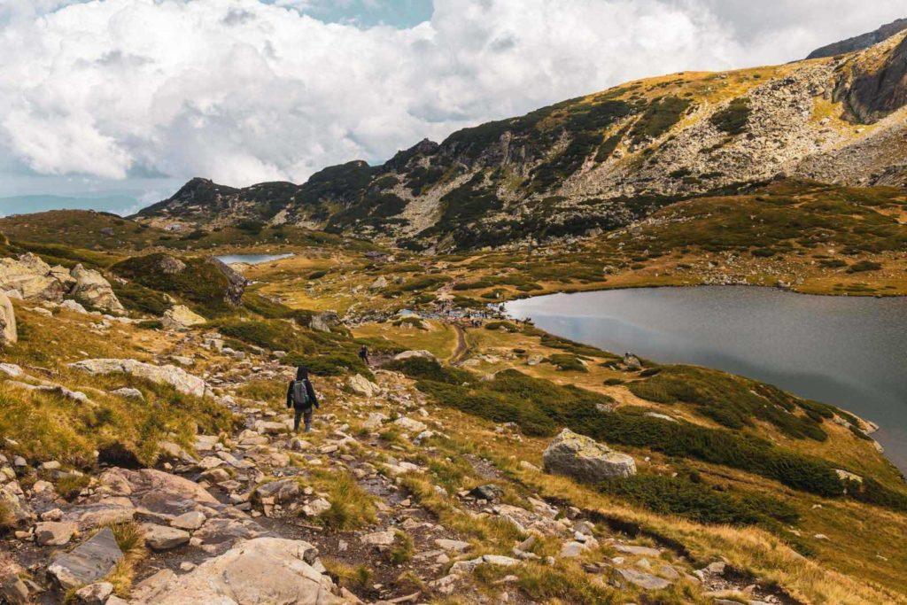 Abstieg zur Bergastation auf der Sieben Rila Seen Wanderung